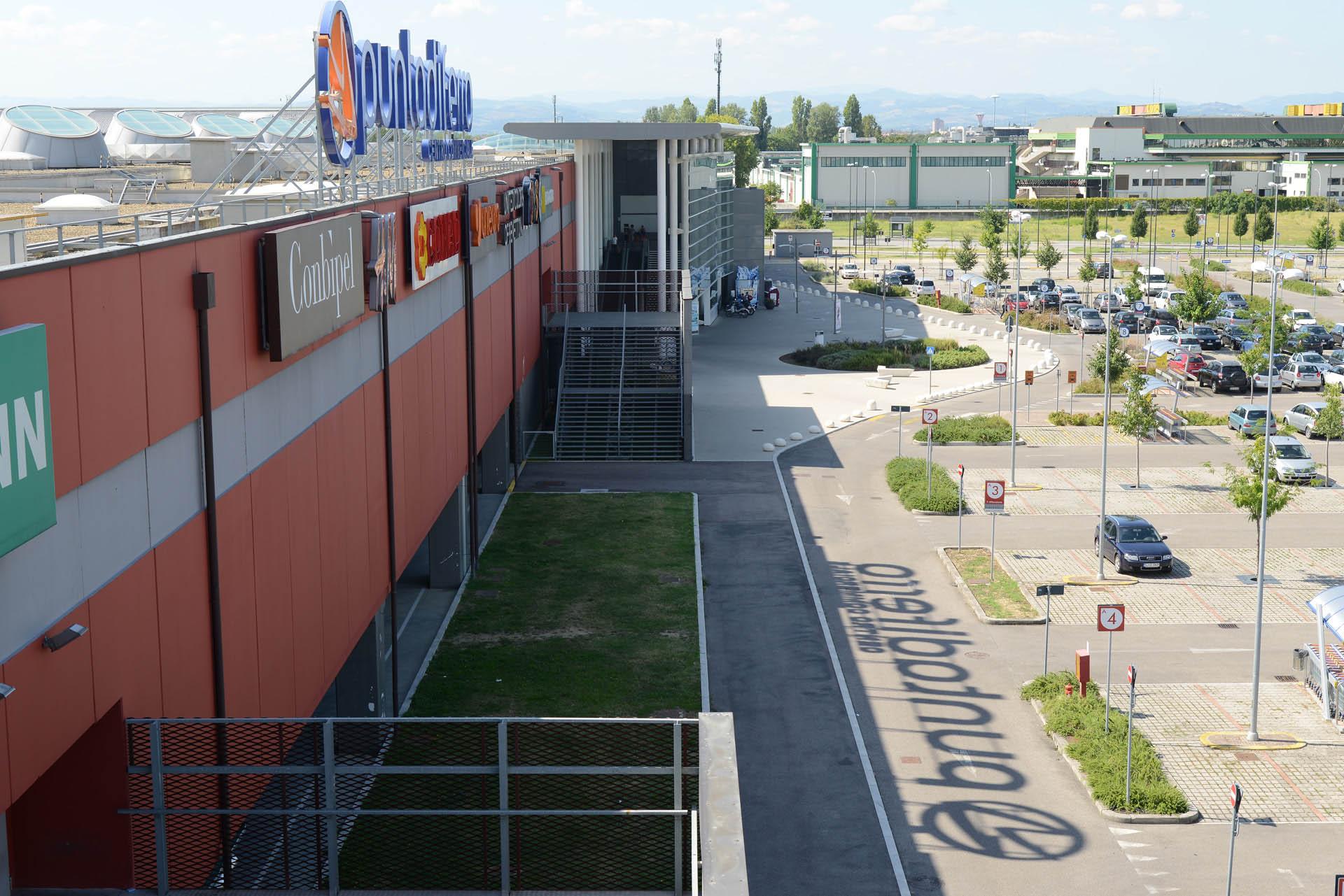 01 Studio Bacchi architetti associati Puntadiferro img 01