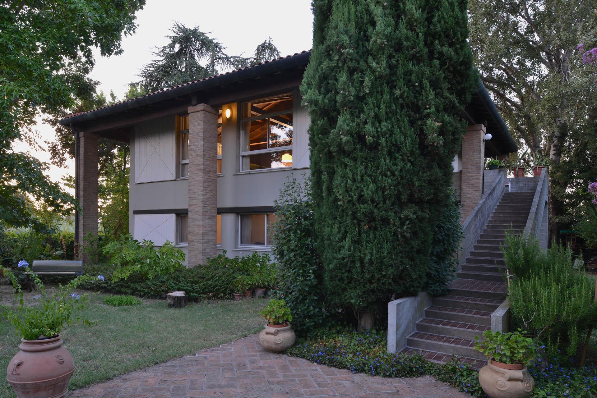 01 Studio Bacchi architetti associati Villa in campagna copertina 01
