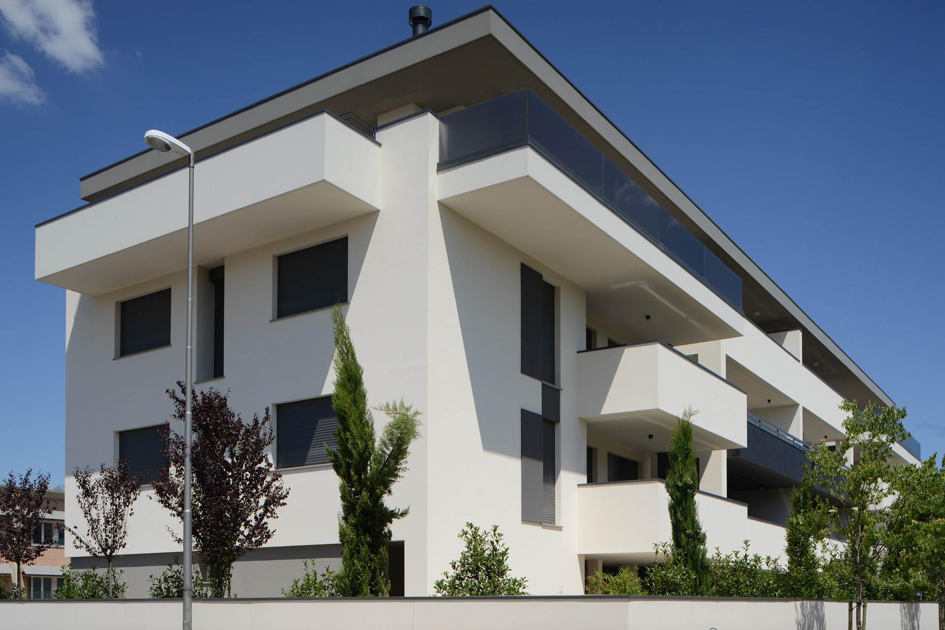 02 Studio Bacchi architetti associati condominio Schuman img 02